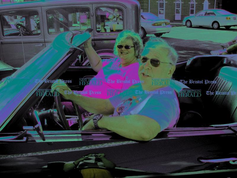 Cruising Newington 001