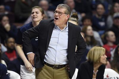 uconn-womens-basketball-head-coach-auriemma-adjusting-to-coronavirus-restrictions