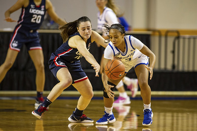 uconn-womens-basketball-takes-first-place-in-big-east-with-blowout-of-creighton