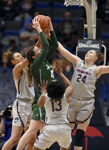 defense-has-been-uconn-womens-basketballs-calling-card