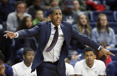 uconn-mens-basketball-still-in-running-to-land-sought-after-recruit-reddish