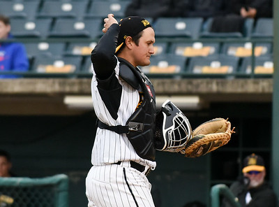 new-britain-bees-fall-to-sugar-land-skeeters-for-seventh-straight-loss