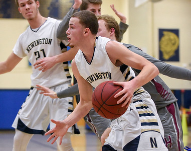 simmons-mckinnon-lead-newington-boys-basketball-to-win-over-north-haven-in-first-round-of-class-l-tournament