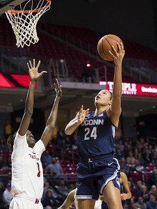 collier-stands-tall-in-uconn-womens-basketball-victory-over-temple
