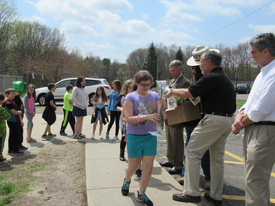 plymouth-fourthgraders-get-seedlings-and-a-lesson-on-arbor-day