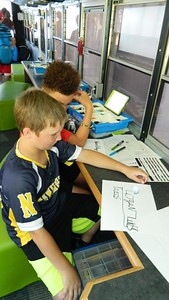 smart-bus-delivers-technology-to-newington-students
