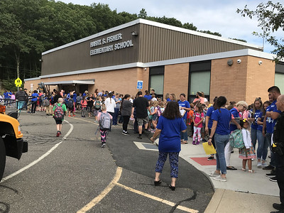 parents-praise-plymouth-schools-on-students-first-day-back