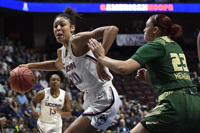 uconn-womens-basketball-defeats-usf-advances-to-seventh-straight-aac-tournament-final
