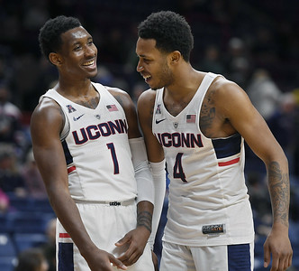 former-uconn-mens-basketball-greats-believe-program-is-going-to-rebound