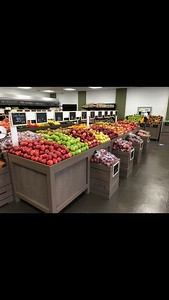 family-roots-produce-market-in-bristol-offers-fresh-fruits-vegetables-and-more-at-affordable-prices