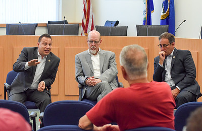 southington-residents-gather-to-talk-with-reps-about-state-budget