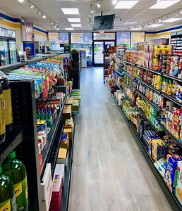 neighbors-convenience-food-mart-in-bristol-more-equipped-than-average-store-and-has-tons-of-candy