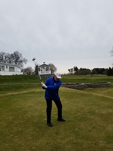 newington-golfer-on-a-quest-to-tee-the-usa