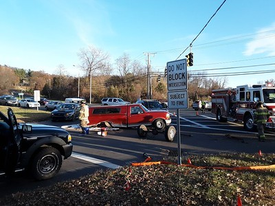 axle-comes-off-vehicle-after-accident-in-newington