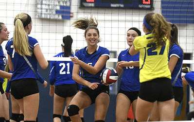 southington-girls-volleyball-welcoming-early-season-challenges