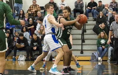 parents-22-points-not-enough-as-bristol-eastern-boys-basketball-drops-close-game-to-maloney