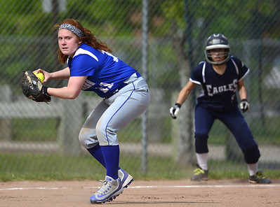 spring-preview-local-softball-teams-have-to-replace-several-key-veteran-pieces
