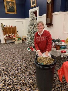 bristol-bits-mary-houle-carries-on-a-holiday-tradition-with-a-smile