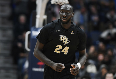 ucf-able-to-erase-uconn-mens-basketballs-edge-on-offensive-boards