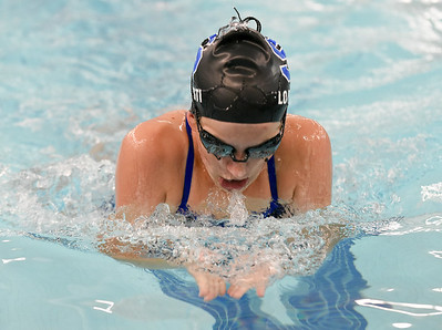 southington-girls-swimming-off-to-strong-start-early-in-season