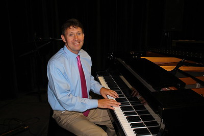 band-director-brian-kelly-is-newingtons-teacher-of-the-year