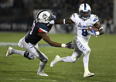uconn-footballs-defense-embarrassed-during-recordsetting-loss-to-memphis