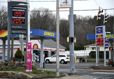 gas-prices-continue-to-drop-in-area-average-price-drops-below-2-nationally