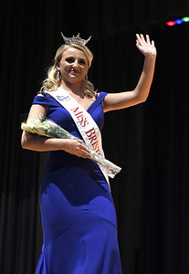 miss-bristol-miss-forestville-crowned