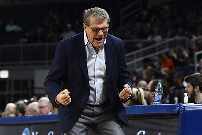 uconn-womens-basketball-ends-decade-ranked-no-1-in-ap-top-25-poll