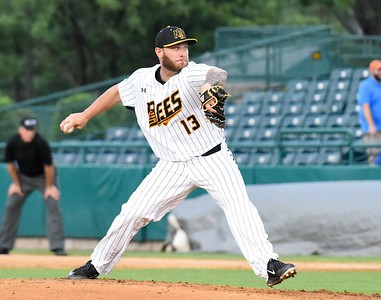 after-struggling-as-a-starter-last-season-new-britain-bees-nate-roe-thriving-out-of-the-bullpen