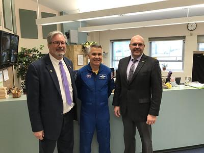 astronaut-space-foundation-visit-middle-school-of-plainville