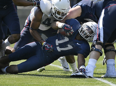 sophomore-running-back-hopkins-leaving-uconn-football-program-will-transfer