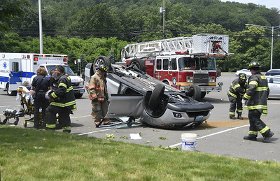 one-person-hospitalized-after-rollover-crash-in-bristol