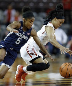uconn-womens-basketball-relishes-atmosphere-comeback-at-texas