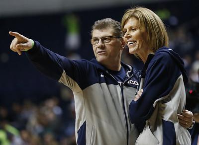 uconn-womens-basketball-assistant-coach-dailey-recalls-coaching-memories-with-auriemma