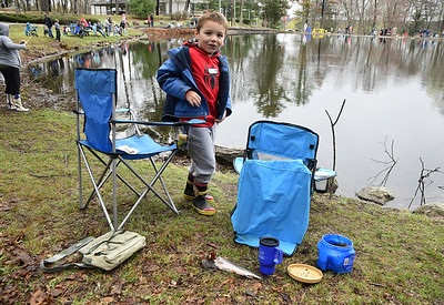 kids-get-hooked-on-fishing-at-spinelli-derby