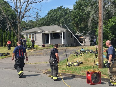southington-home-damaged-by-fire-with-videos