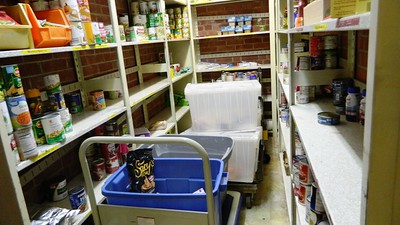 newington-food-bank-seeks-donations-as-holidays-approach
