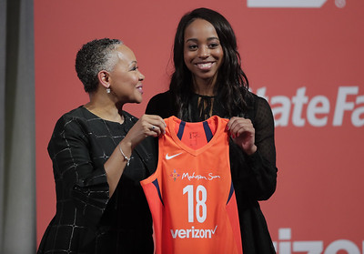 dukes-brown-is-a-legacy-pick-for-connecticut-sun-in-wnba-draft