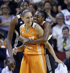 at-age-35-uconn-alum-taurasi-is-still-shining-for-wnbas-phoenix-mercury