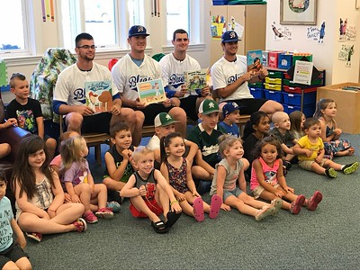 blues-spend-an-inning-at-the-library