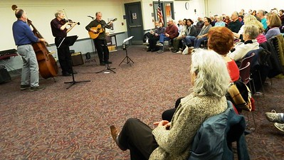 lost-acres-string-band-plays-to-a-packed-house-at-bristol-library