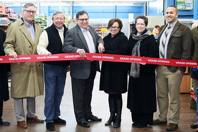 dynamite-deals-supermarket-grocery-store-is-officially-open