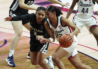 uconn-womens-basketballs-westbrook-shined-in-return-to-tennessee