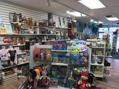 new-flower-shop-in-plainville-gets-warm-welcome-to-community-business-has-been-great-so-far