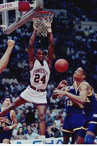 former-uconn-mens-basketball-player-burrell-will-join-huskies-of-honor