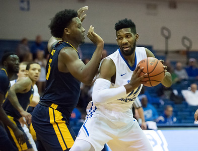 having-multiple-options-on-offense-helping-ccsu-mens-basketball