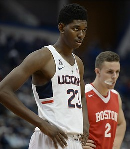 durham-becomes-third-player-to-transfer-from-uconn-mens-basketball-program-in-past-month