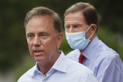 lamont-doesnt-want-schools-to-close-because-of-isolated-coronavirus-cases
