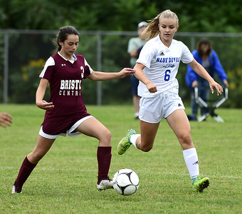 bristol-central-girls-soccer-defeated-by-tough-and-bigger-south-windsor